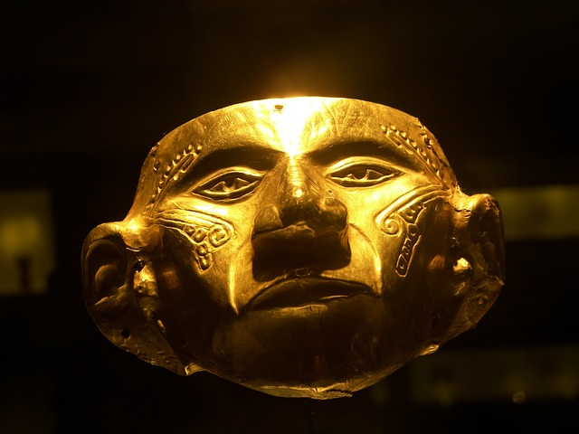 Golden facemask from the Pre-Columbian period