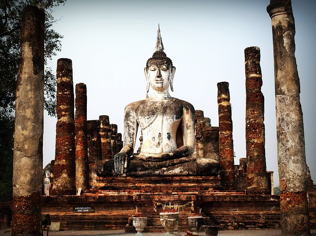 Picture of historical Buddha statue
