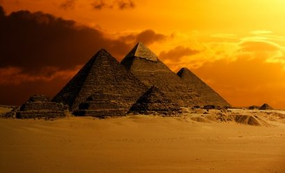 Picture of Egyptian pyramids at sunset