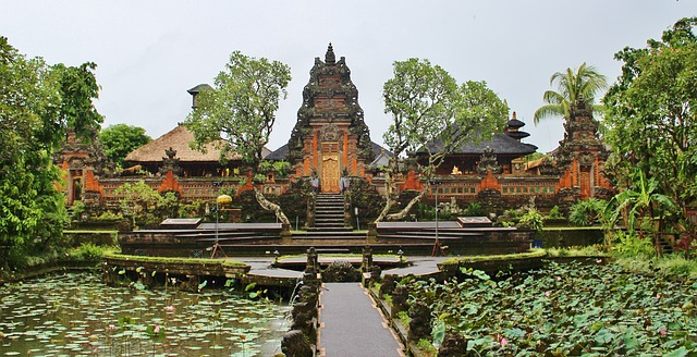 The Ubud Art Market is accessible for everyone