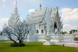 Stunning white temple found in Chiang Rai Thailand