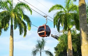 Catch a cable car to visit Santosa in Singapore