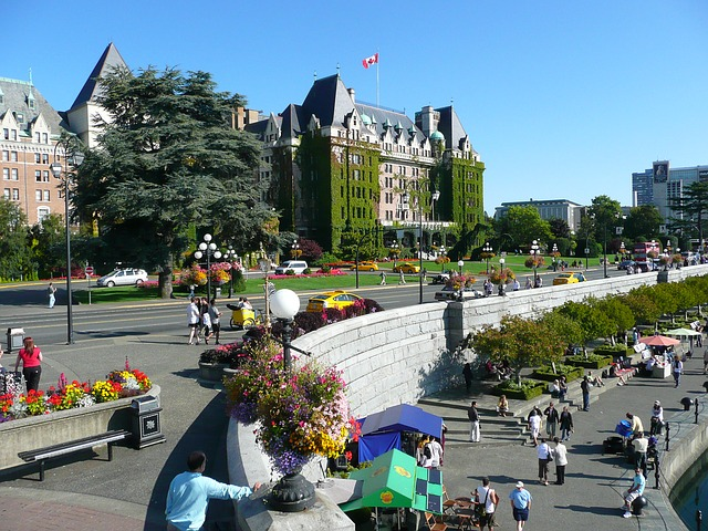 The Fairmont Empress hotel stands as a monument to days gone by